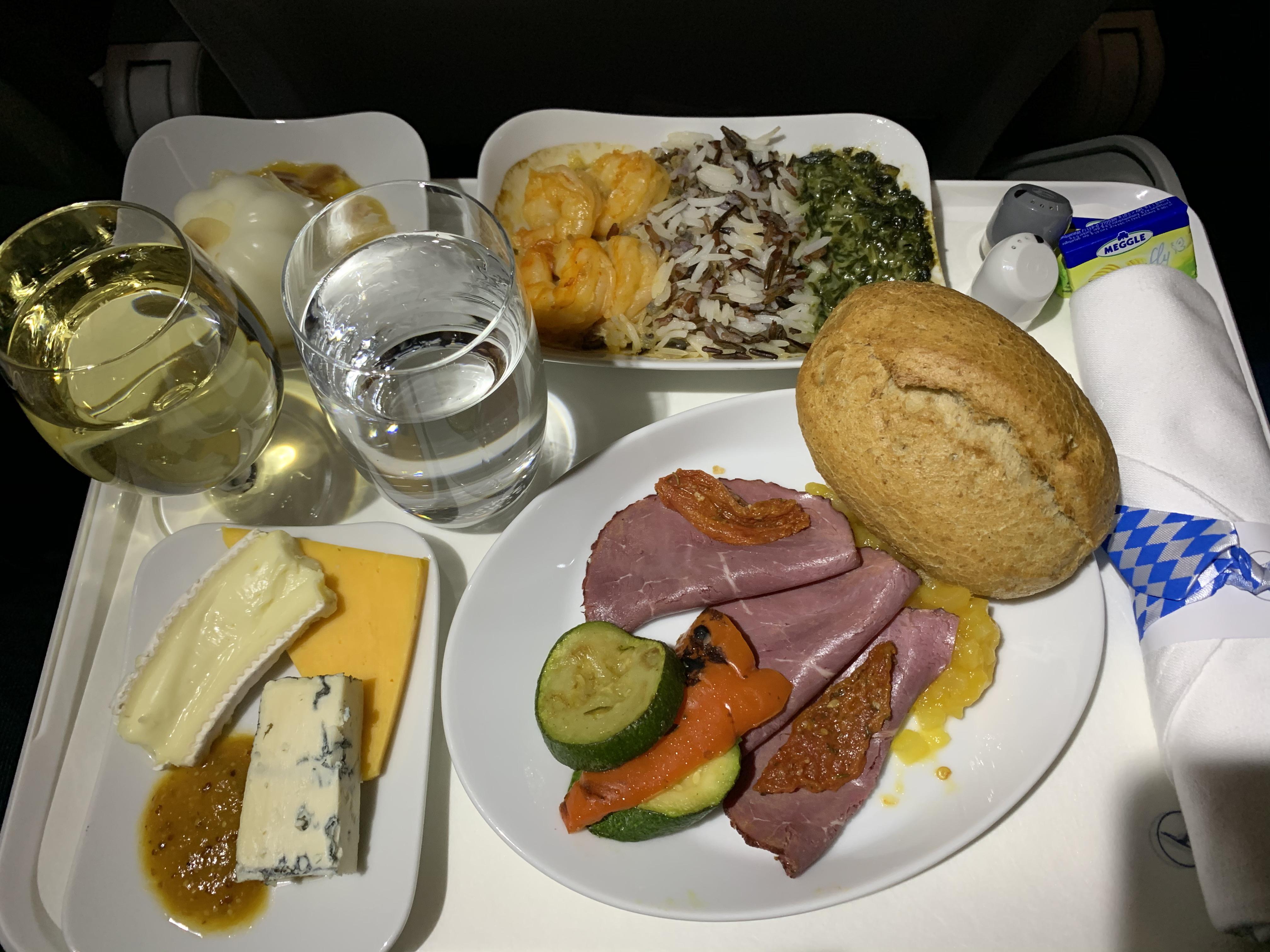 Lufthansa Business Class Review A319 Munich (MUC) to Athens (ATH)