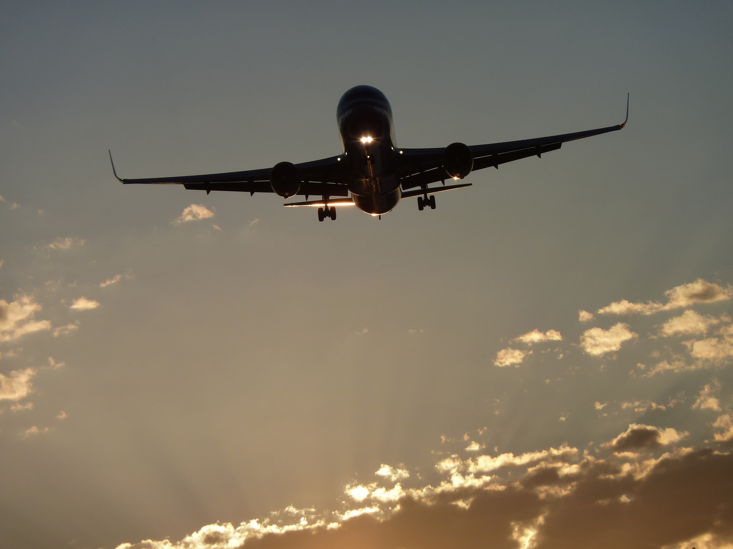 Book your Flight Directly with Mighty Travels Premium